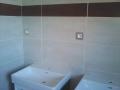 schneider-unica-quadro-titanium-koupelna-zasuvky.jpg
